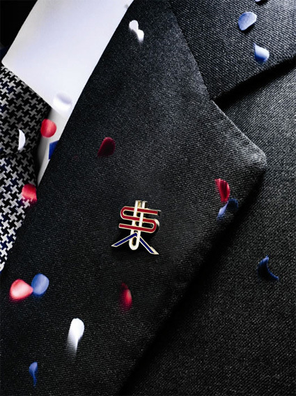 michael-bierut-usa-lapel-pin